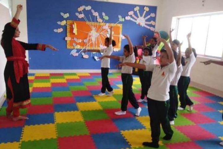 Ahinsa International School-Dance