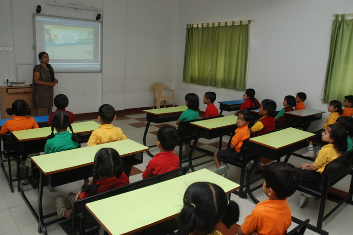 Akshara International School-Classroom smart