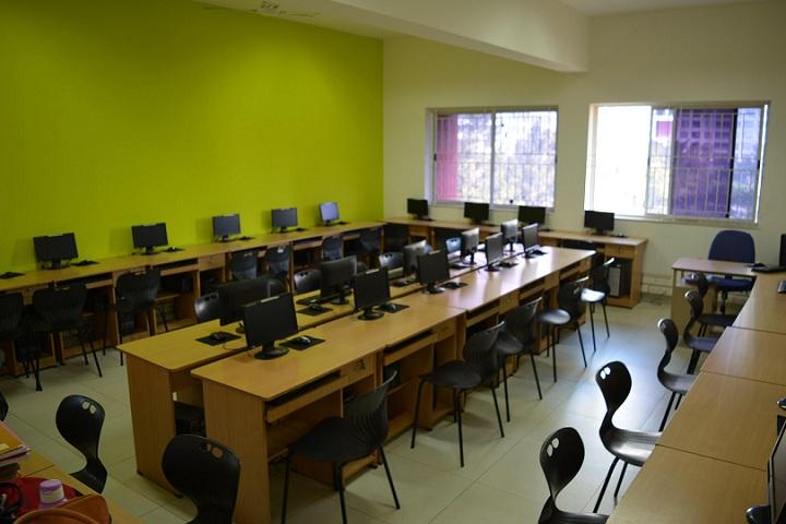 Amanora School-IT-Lab