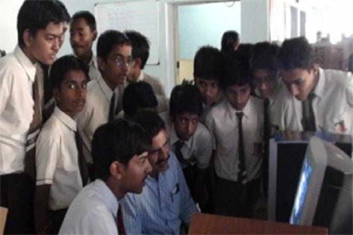 Ambuja Vidya Niketan-IT-Lab