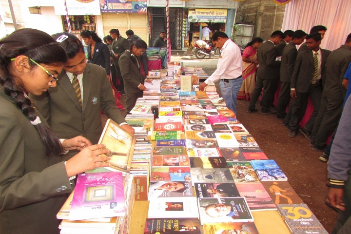 Annasaheb Balasaheb Chakote English School-Book Fair