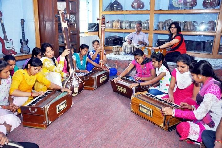 Apeejay School-Music Class
