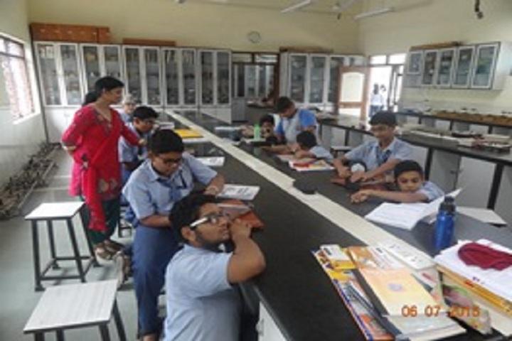 B K Birla Public School-Physics Lab