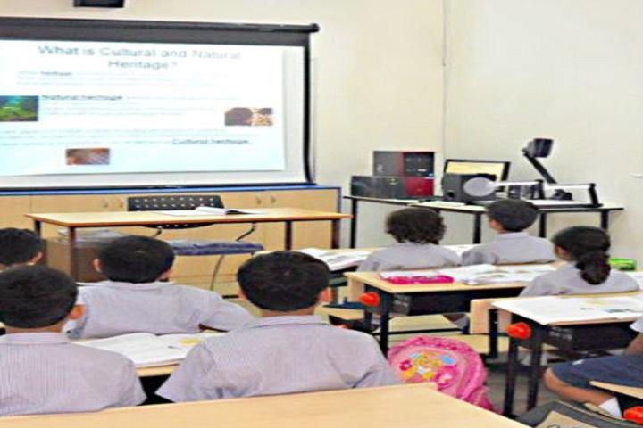 Bapusaheb D D Vispute Primary English School-Digital Classroom