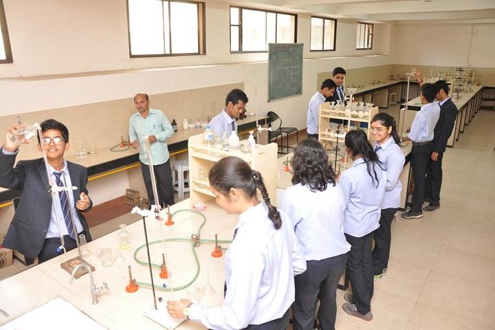 Bharati Vidyappeth English Medium High School-Chemistry Lab