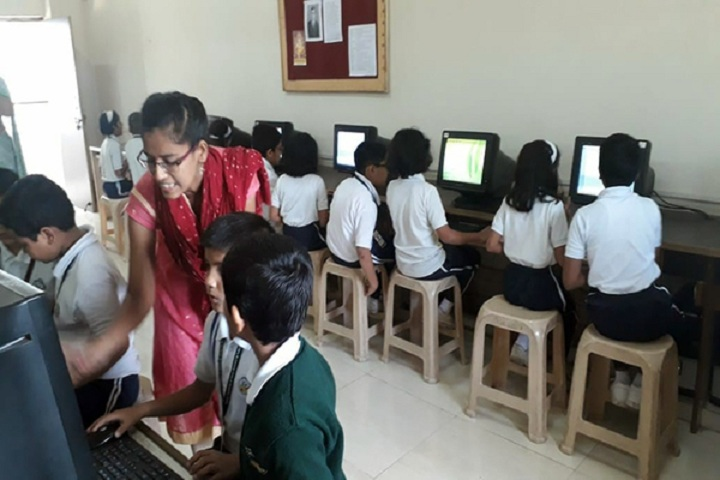 Blossom Public School-IT Lab