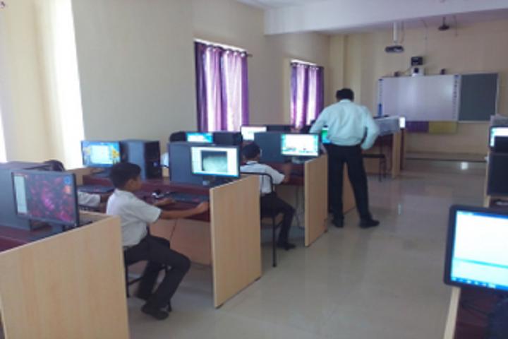 Buldana Cambridge School-IT Labs