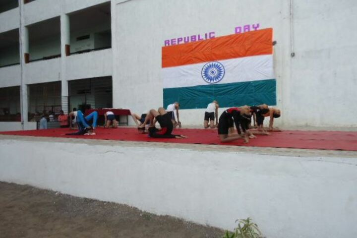 Chate School-Yoga