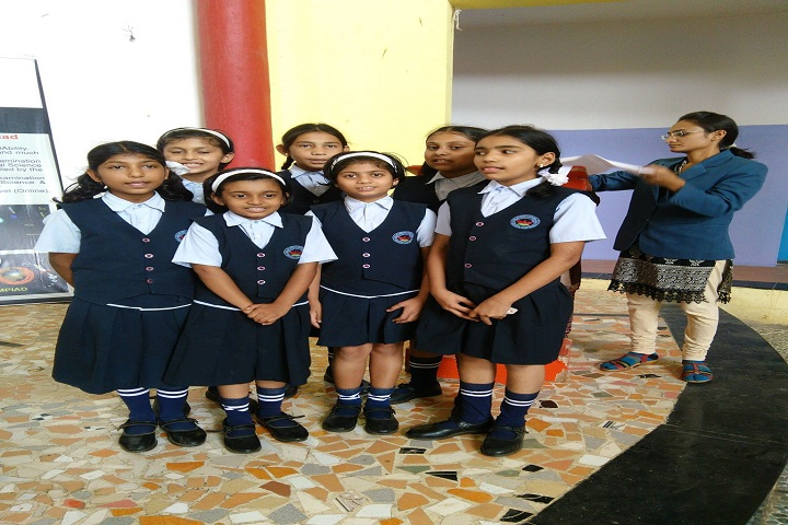 Daulati International English Medium School-Singing Competition