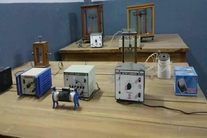 Christ Church Diocesan School-Physics Lab