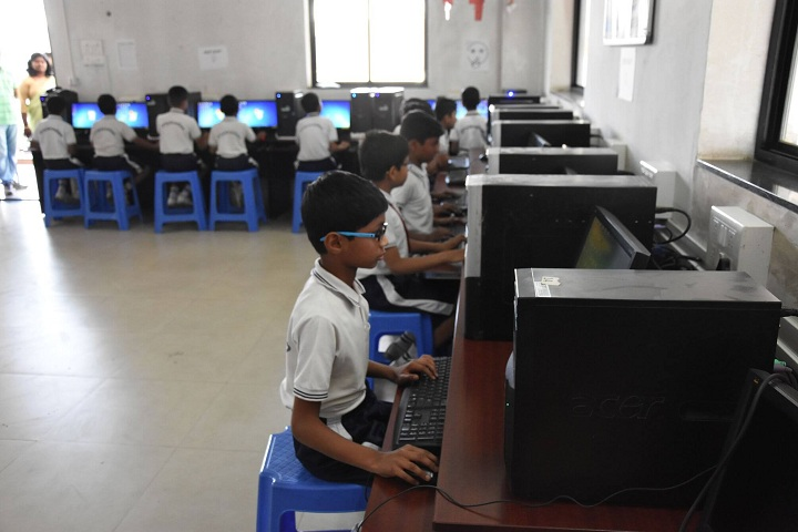 Dnyanada English School-IT Lab