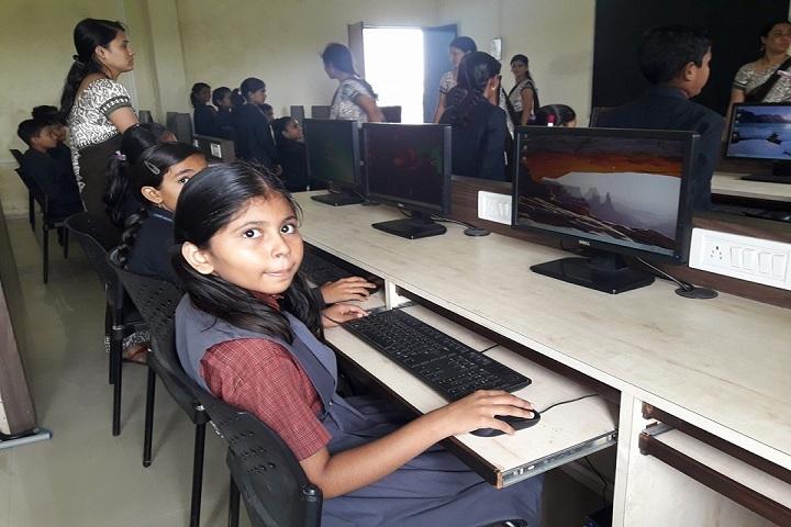 Dnyaneshwar Public School-Lab