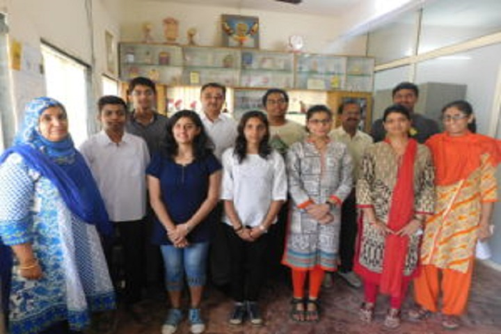 Dr Y S Khedkar International School-Toppers