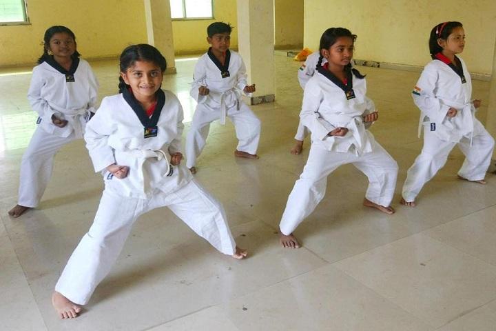Emerald Heights School-Karate  Activity