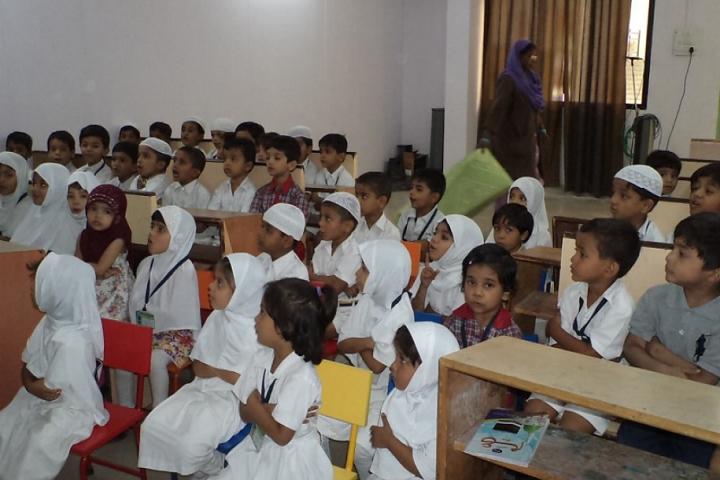 Everest Secondary School-Classroom