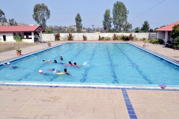 Fort International Academy-Swimmingpool