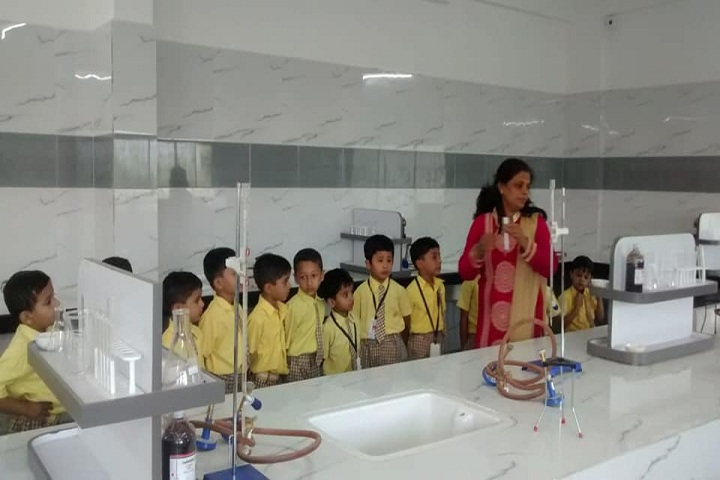 Ganesh International School-Laboratory