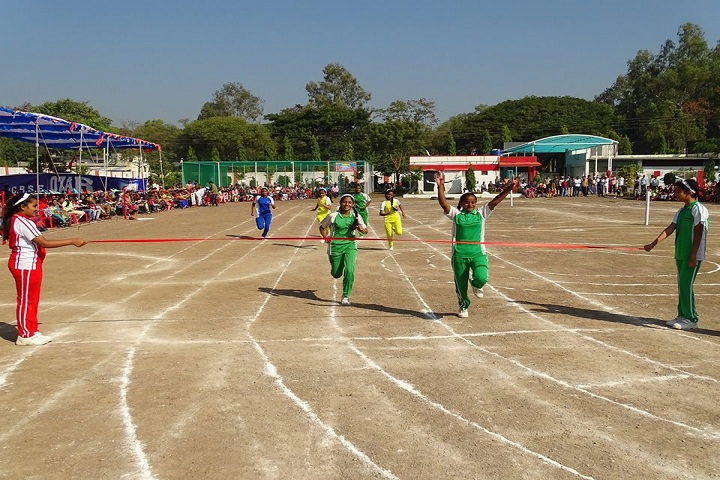 Golden Days Universal School-sports day