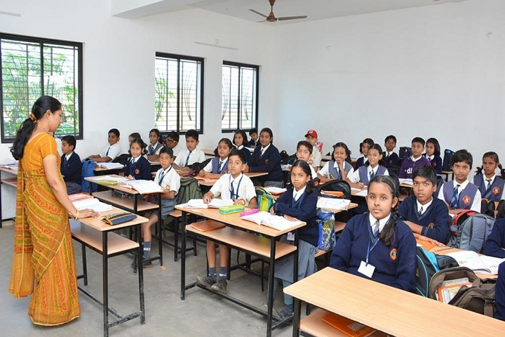 Gondia Public School-classroom