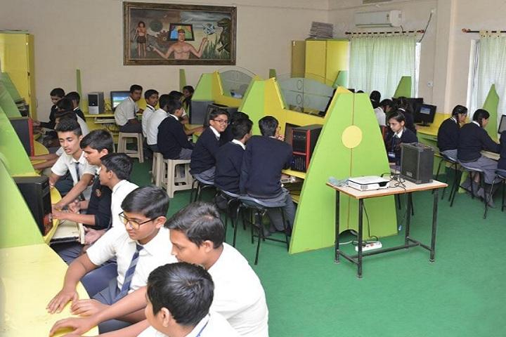 Gondia Public School-computer lab