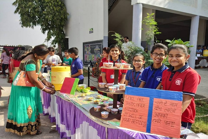 Gurukul English School-food fest