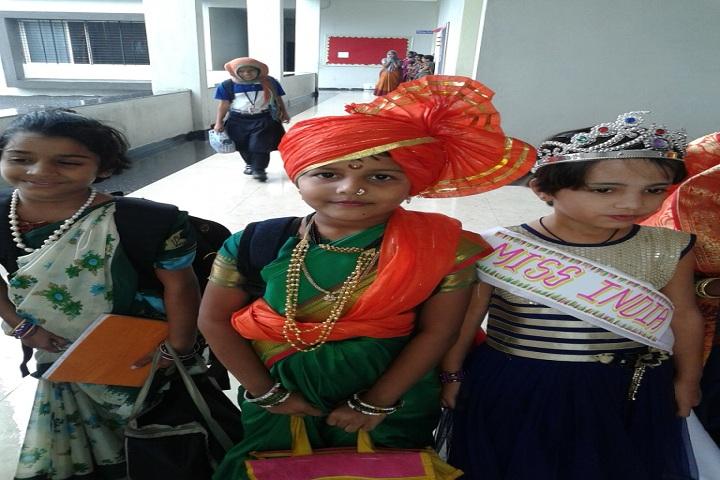 Hon Ratnakarrao Gutte International School-Fancy Dress
