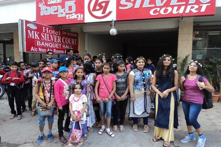 Hon Ratnakarrao Gutte International School-Students