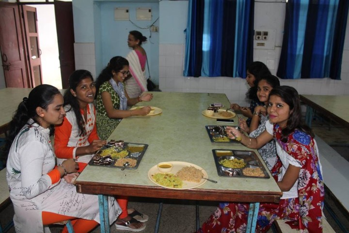 Jawahar Navodaya Vidyalaya staff
