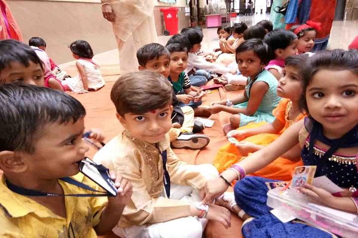 KK Wagh Universal School-Rakhi day