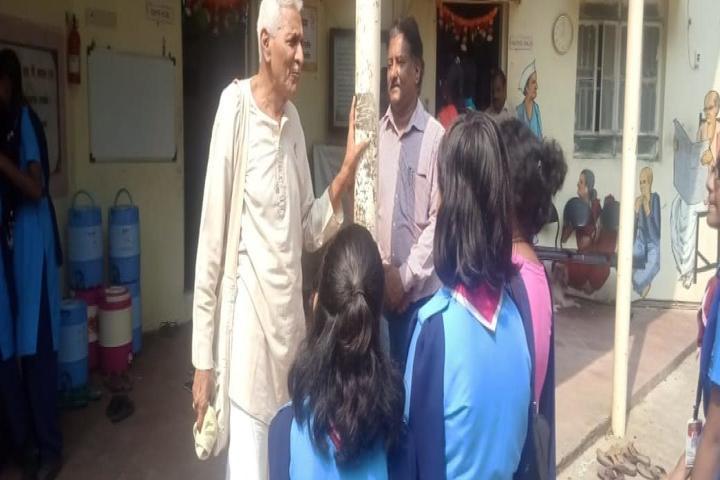 Kendriya Vidyalaya-Visit To Oldage Home