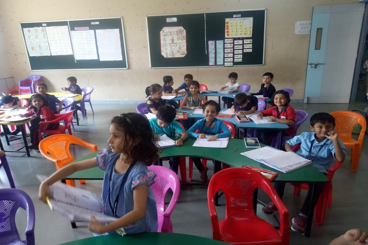 Lokseva Eschool-Classroom1