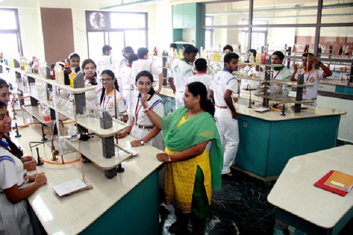 Mahatma International School-Chemistry-Lab