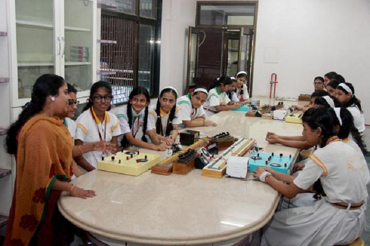 Mahatma International School-Physics-Lab