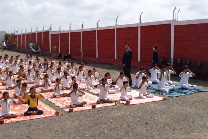 Mahavir English School-Yoga day