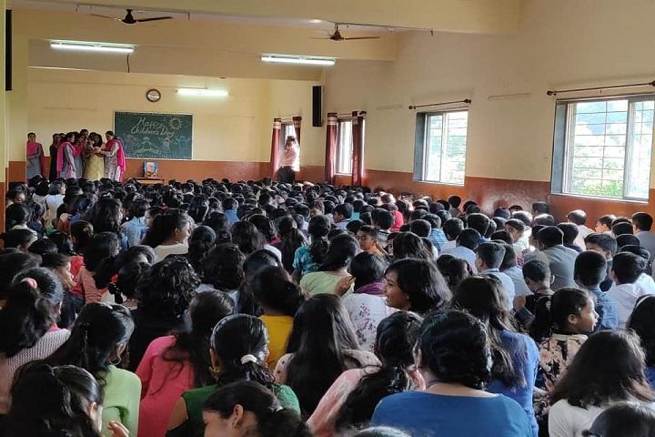 Manes International School-Students