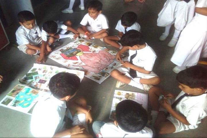 Modern International School-Art room