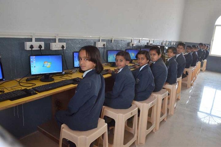 Modern International School-Computer Lab