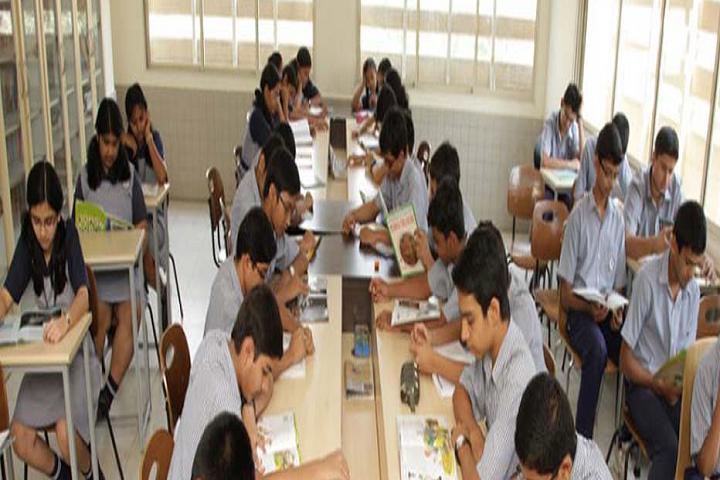 Nalanda Public School-Library