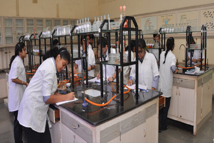 New Horizon Public School-Chemistry Lab