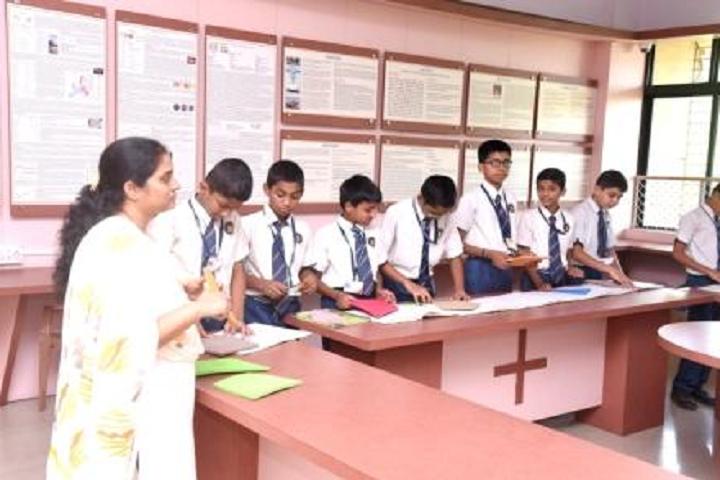 New Horizon Public School Khanda Colony-Math Lab