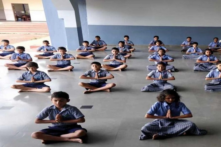 Notre Dame School-Yoga