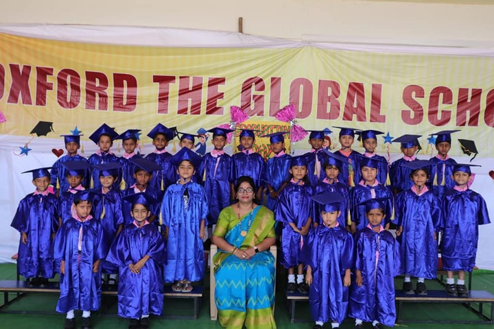 Oxford The Global School-Graduation Day