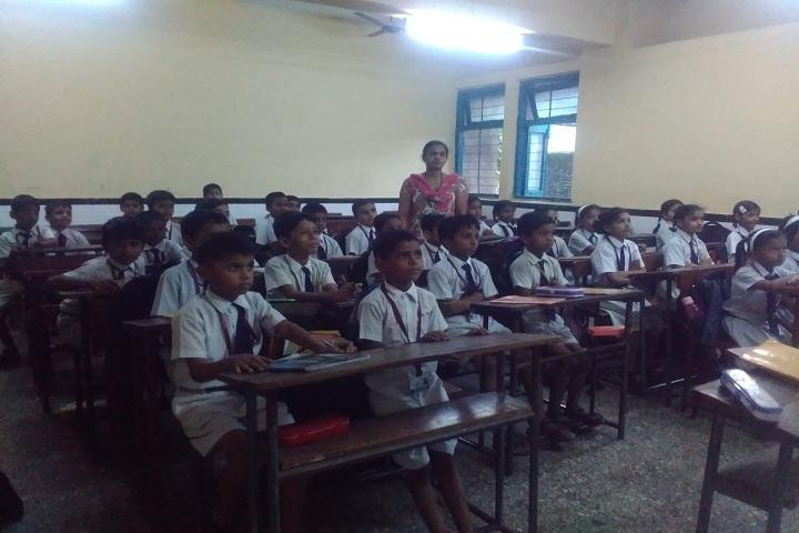 P E S Central School-Classroom