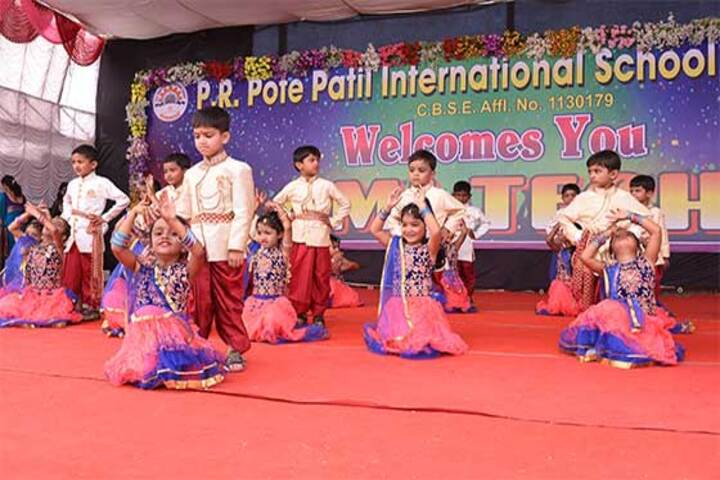 P R Pote Patil International School-Dance