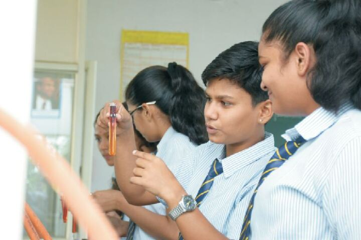 Pravara Central Public School-Chemistry Lab