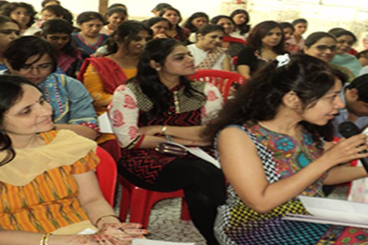 R N Podar School-Workshop