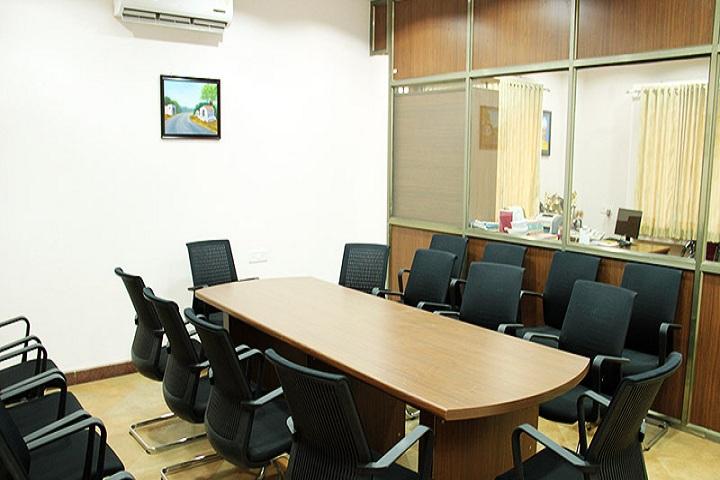 Raja Narayanlal Lahoti English School - Seminar hall