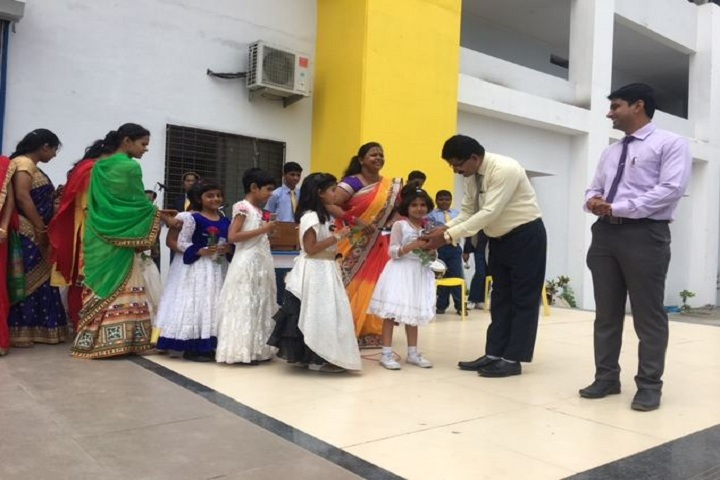 Rajasthanis Podar Learn School-Gurupournima celebration