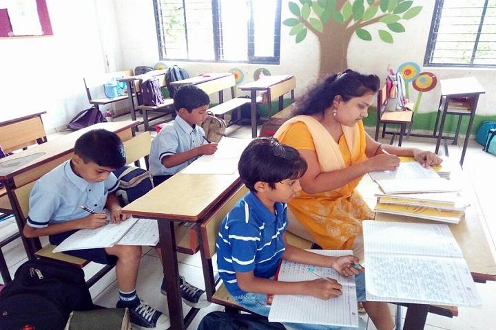 Rajiv Gandhi International School-Classroom