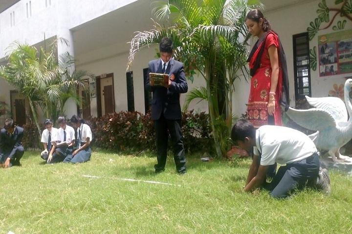Rajiv Gandhi International School-Plantation of trees